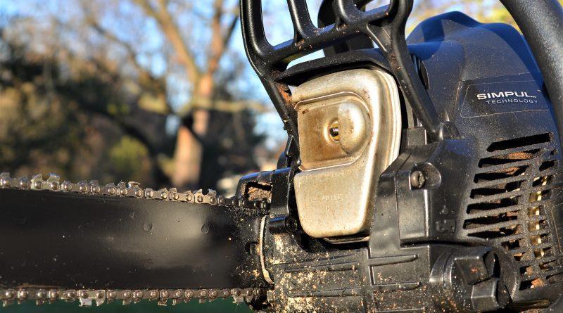 Chainsaw filler
